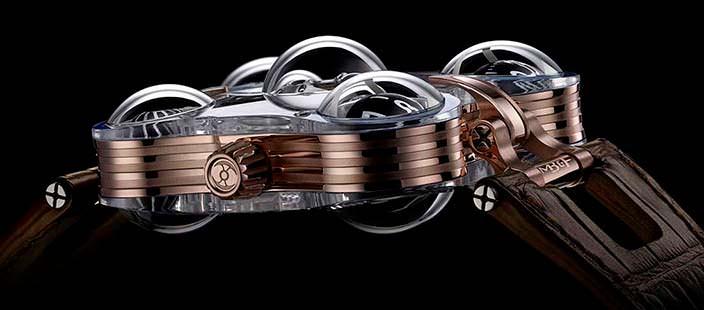 Фото | Часы из розового золота и сапфира MB&F HM6