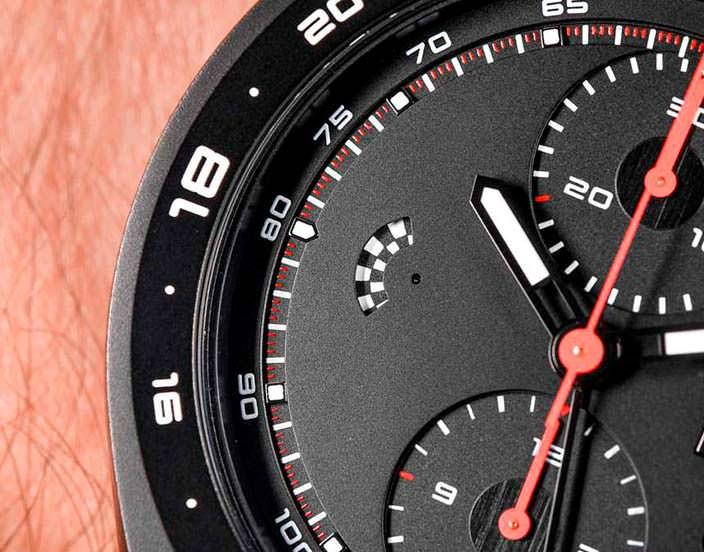 Секундная индикация циферблата Porsche Design