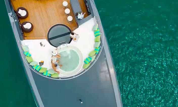 Фото | Верхняя палуба яхты The Ocean Emerald