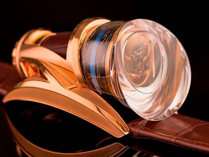Уникальные золотые часы с турбийоном Anura Rafael Write Time