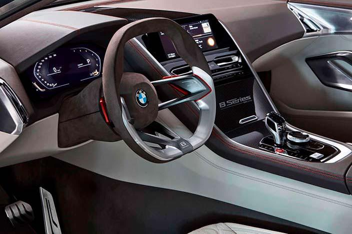 Руль с алюминиевыми спицами BMW 8-Series Coupe 2017 года