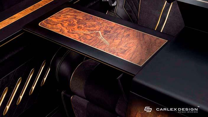 Деревянные раскладные столики в салоне Mercedes Sprinter