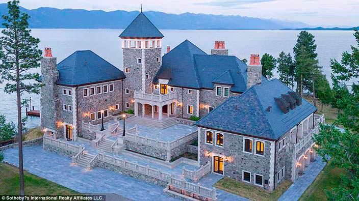 Дом на частном острове Шэтлэр в Монтане, США