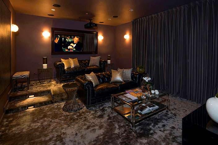Частный кинотеатр в доме Гарри Стайлса в Калифорнии