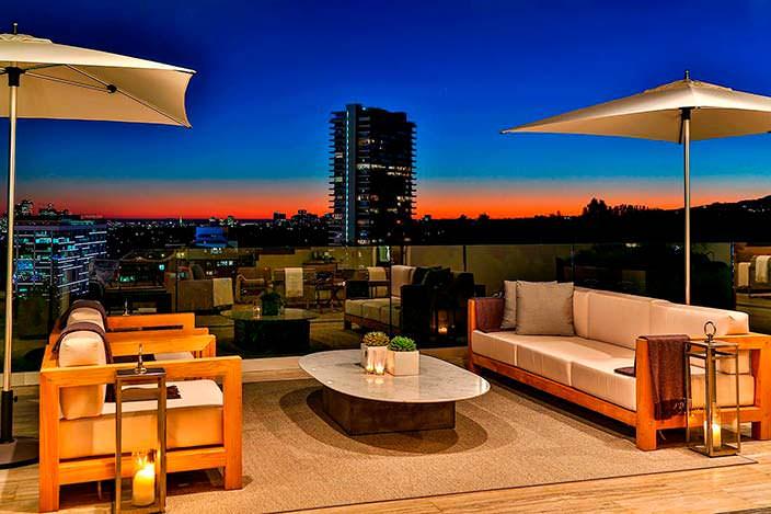 Панорамная терраса с видом на Лос-Анджелес