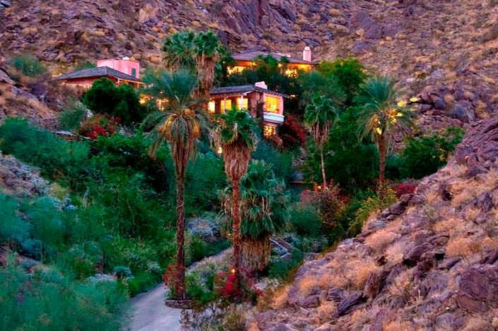 Каменный дом в горах с бассейном актрисы Сьюзан Сомерс