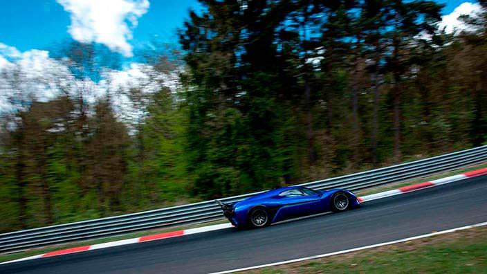Электрический суперкар Nio EP9: рекорд Нюрбургринга