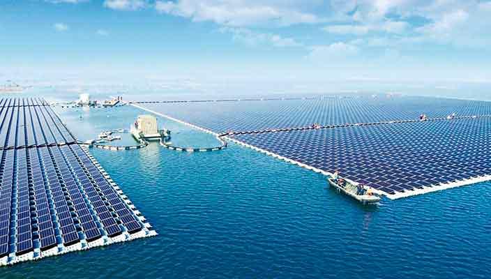 Запущена крупнейшая плавающая солнечная электростанция в мире