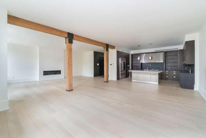 Квартира открытой планировки Дженнифер Лоуренс на Манхэттене