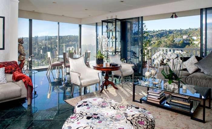 Квартира Джоан Коллинз на высотном этаже башни Sierra Towers