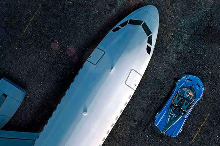 Фото | Бизнес-джет Airbus Infinito и Pagani Huayra