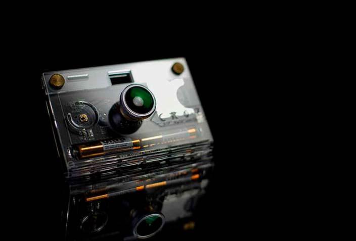 Прозрачная камера CROZ от Paper Work