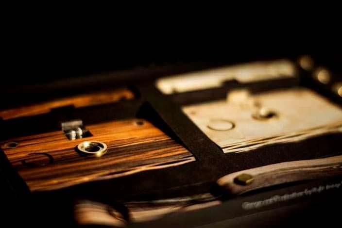 Сменный деревянный корпус для фотоаппарата CROZ