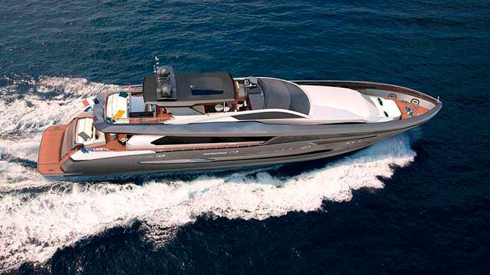Новая 37-метровая яхта Couach 3700 Sport на 4/5 кают