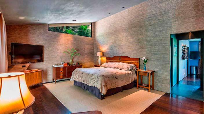 Дизайн спальни в стиле модерн в доме Джона Ледженда