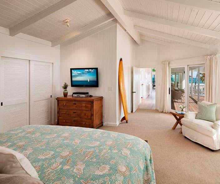 Дизайн спальни в доме Эштона Кутчера и Милы Кунис