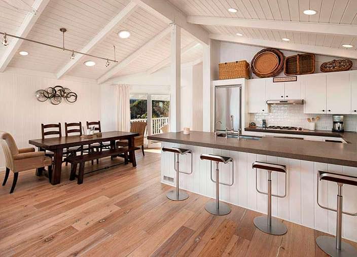 Дизайн кухни-столовой в доме Милы Кунис и Эштона Кутчера
