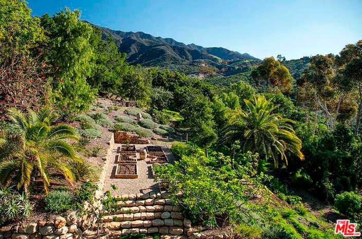 Прибрежная недвижимость Натали Портман в Санта-Барбаре