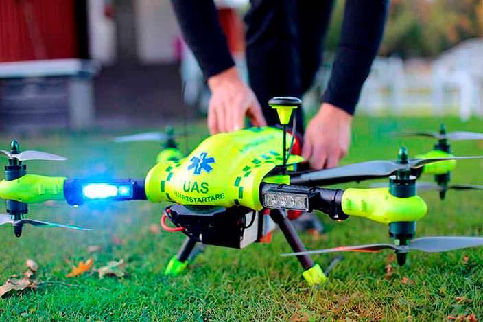 Квадрокоптер Flypulse: на 16,5 минут быстрее неотложки
