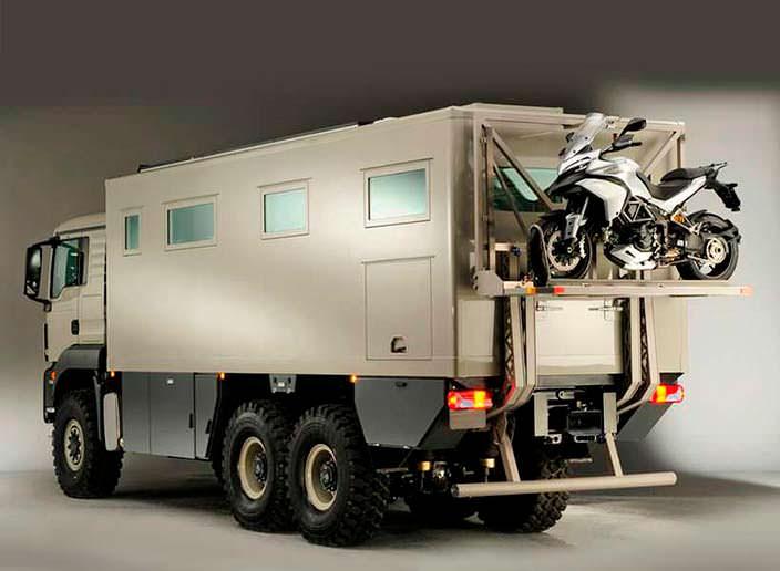 Экспедиционный кемпер Action Mobil XRS 7200