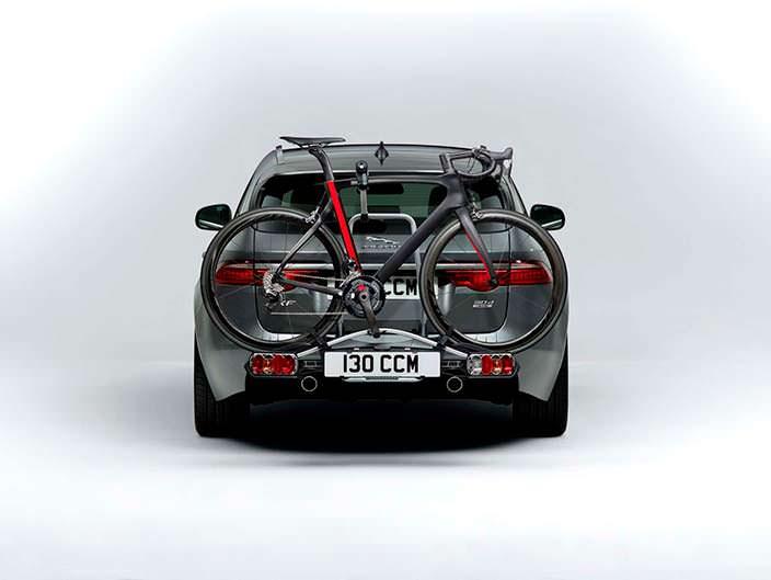 Крепление для велосипеда в Jaguar XF Sportbrake