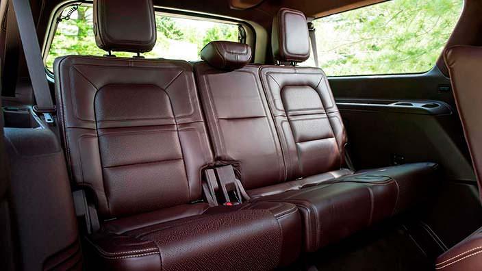 Кожаные сиденья третьего ряда Lincoln Navigator Extended Length