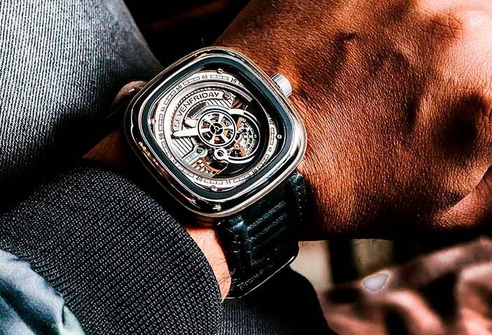 Швейцарские часы для повседневного ношения SevenFriday S2/01