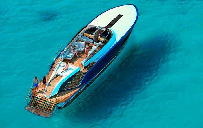 Фото | Яхта Роллс-Ройс на воде