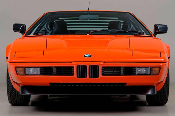 Суперкар BMW M1 1980 года в идеальном состоянии
