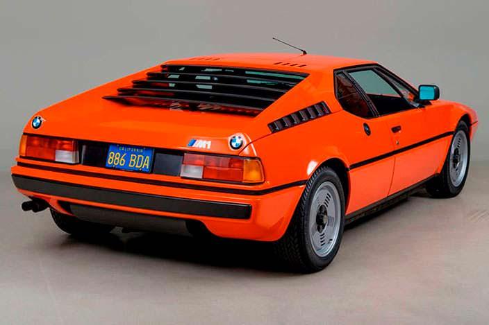 Суперкар БМВ М1 1980 года выпуска. Всего 453 шт.