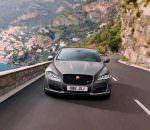Большой седан Jaguar XJ обновился на 2018 год и стал мощнее