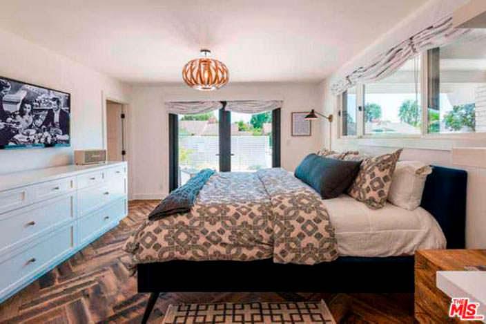 Дизайн гостевой спальни в доме Лены Хеди в Шерман-Окс