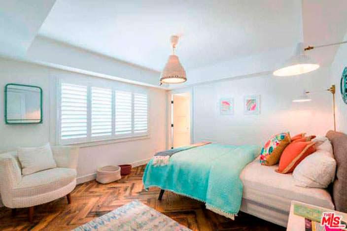 Интерьер спальни в доме Лены Хеди в Шерман-Окс