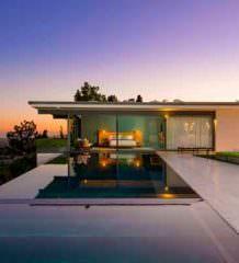 Мэттью Перри продает дом на Бульваре Сансет в Лос-Анджелесе
