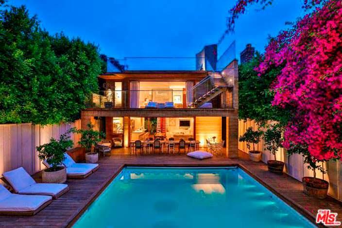Дом в Малибу с бассейном Памелы Андерсон