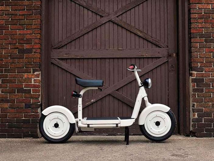 Компактный электрический скутер Fido Motor