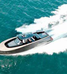 Alen Yachts построила маленький катер для коротких круизов