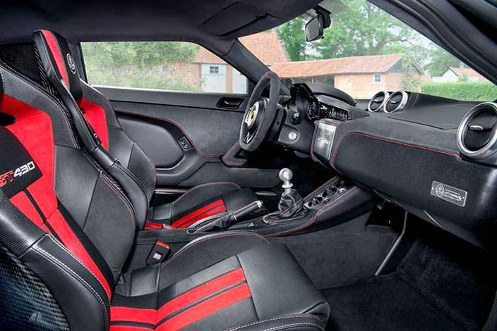 Фото салона Lotus Evora GT430