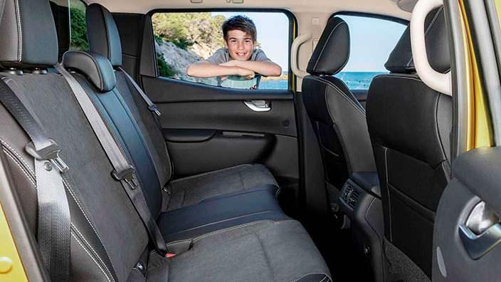 Задние сиденья Mercedes-Benz X-Class 2018
