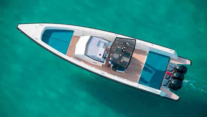 Wally Yachts построила скоростной катер-круизер Tender X