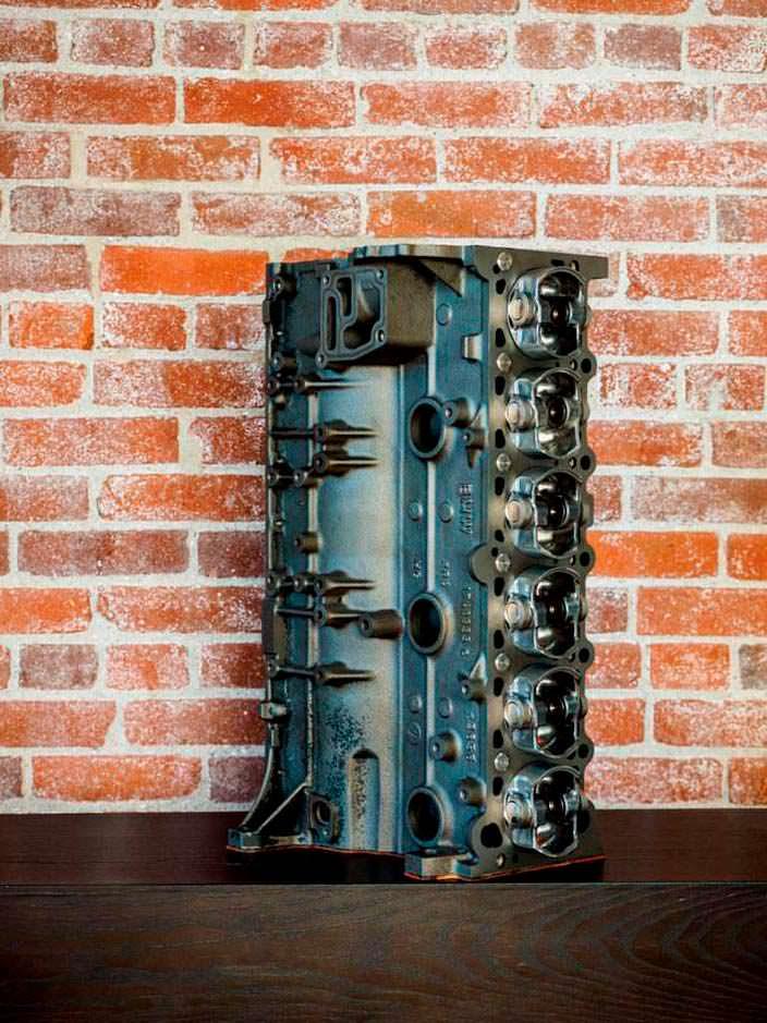 Шестицилиндровый двигатель BMW M52