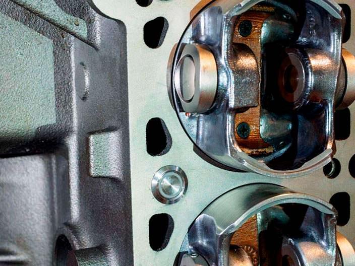 Кейсы для часов вместо цилиндров в двигателе BMW M52