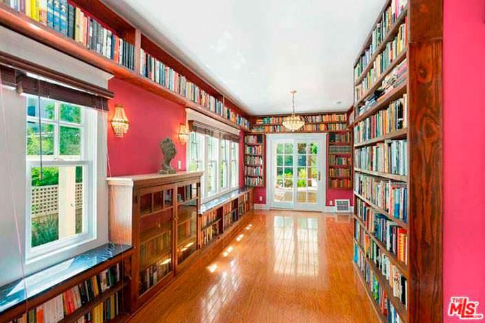 Библиотека в стиле Ренессанс