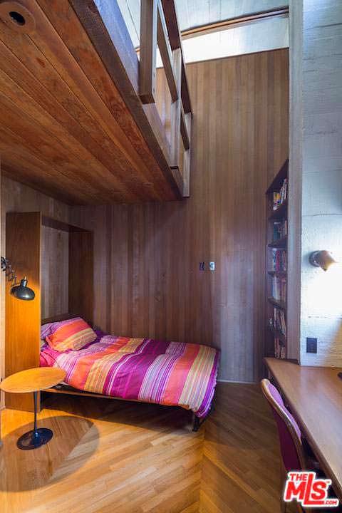 Гостевая спальня в доме Эдварда Нортона в Малибу
