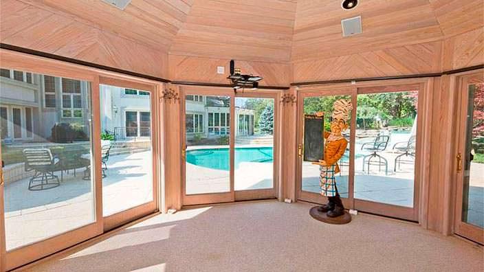 Дом Эминема за $1,999 млн
