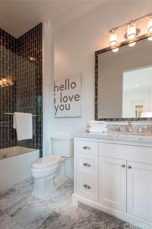 Мрамор в дизайне ванной комнаты