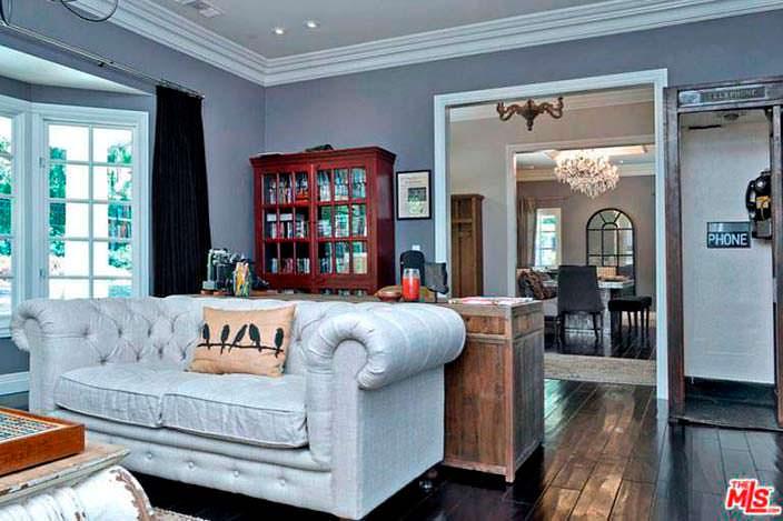 Деревянные полы и классическая мебель
