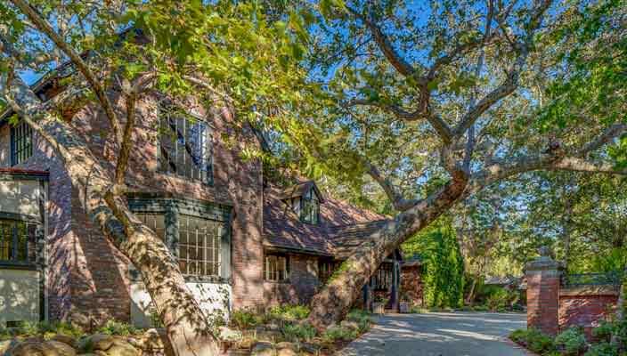 Продается бывший дом Риз Уизерспун в Бель-Эйр | фото, цена