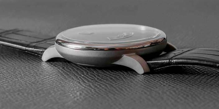 ICON The Duesey: титановые часы в стиле минимализм
