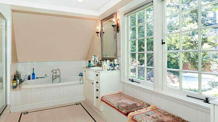 Старинная ванная комната